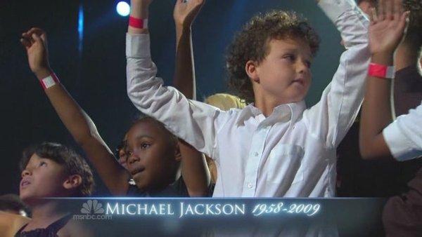 迈克尔杰克逊送别仪式高清晰版本视频下载(NBC电视台)