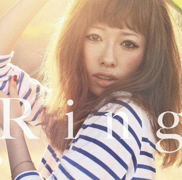 简介:  专辑介绍: 加藤米莉亚的第4张个人专辑,距离上张专辑《TOKYO STAR》已有1年3个月。 这张专辑更实在在Oricon榜单上连续4周排名前3。其中,《Aitai》是Recochoku Company七月下载量的排行榜第一名,随后更是有超过70万的下载量。专辑发行后的一个月在Music Station演出。 「TOKYO STAR」約1年3月。 楽曲「Aitai」、着7月度月間1位獲得。着70万